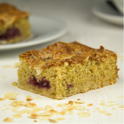 Kirsch-Mandel Kuchen